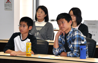The talk was targeted at junior high school students and older.